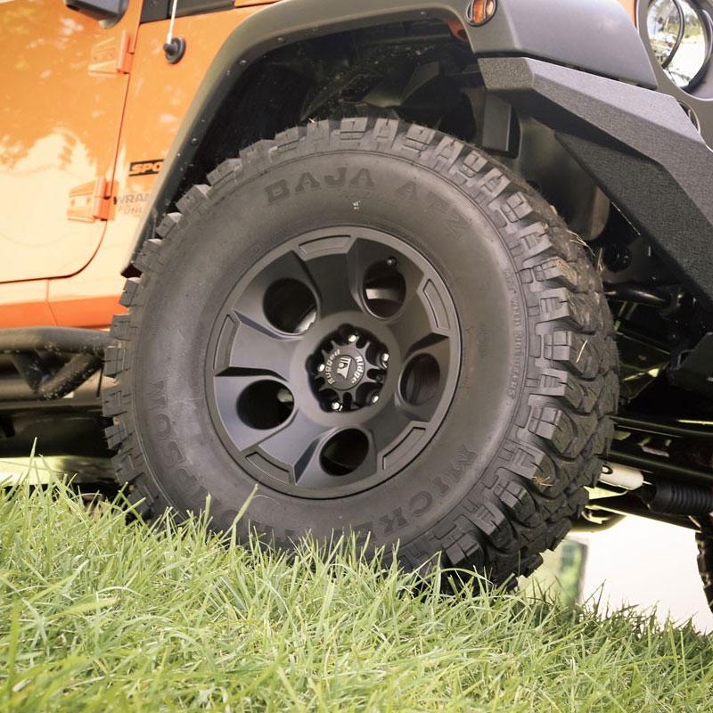 1530201 17x9 Aluminum Drakon Wheel 07 16 Wranglers