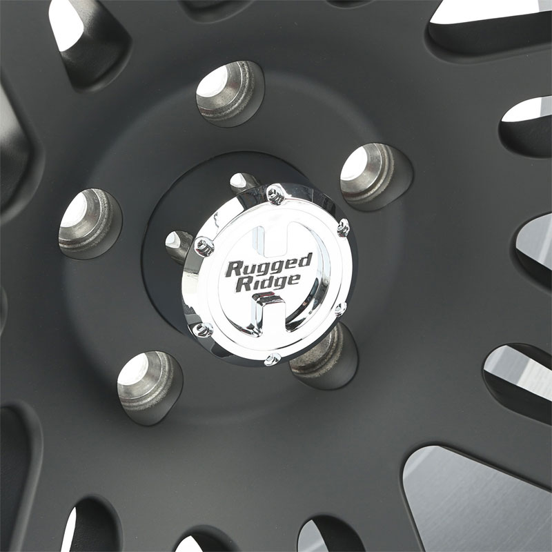 17x9 Aluminum Wheel with Cap, Machined Lip